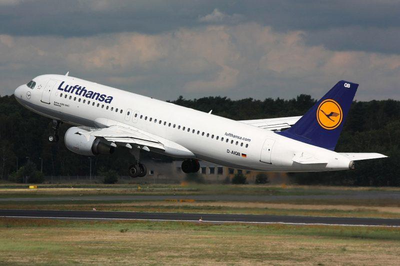 1280px-Lufthansa_A320_D-AIQB