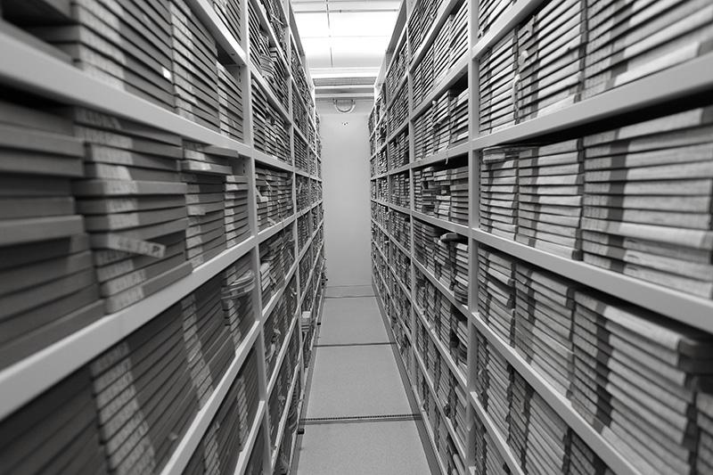Film_archive_storage_6498619601